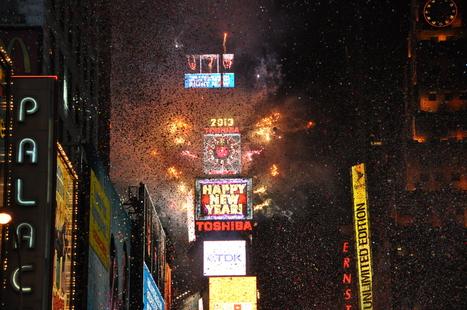 Happy New Year ! Bonne année tout le monde merci pour ce magnifique cadeau, ces derniers jours ont étés AMAZING ! Après le nouvel an à Times Square, c'est l'heure de rentrer et de faire les valises... | Mary & Max in NewYork City | Scoop.it