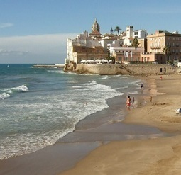 Travel: A late summer weekend getaway to Sitges | Gay Travel | Scoop.it