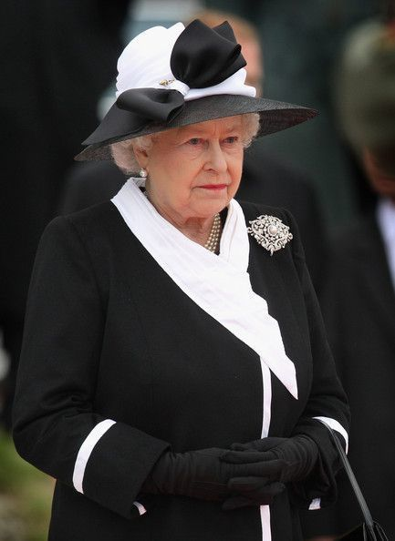"""HM Queen Elizabeth II * HAPPY BIRTHDAY MA'AM - HM Crown Lord Marshal Gerald Duke of Sutherland Trust National Security Case - Google Search   HM Queen Elizabeth II Buckingham Palace """"Lord Steward of the Household Files"""" *** QUEEN'S LAWYER FARRER & CO * DUKE OF EDINBURGH * DUKE OF SUTHERLAND * NAME*SWITCH * GERALD J H CARROLL TRUST * WITHERS * TAYLOR WESSING *** HM Treasury Most Famous Case   Scoop.it"""