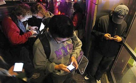 In hurricane, Twitter proves a lifeline despite pranksters - Chicago Tribune | Social Media with Coffee | Scoop.it