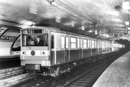Des affiches des années 1950 dans le métro parisien | #arts visuels #graphisme #etc | Scoop.it