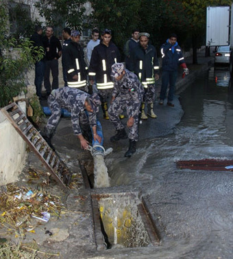 JEPCO deals with 234 power failures due to rain | Political Communication Water in Jordan | Scoop.it