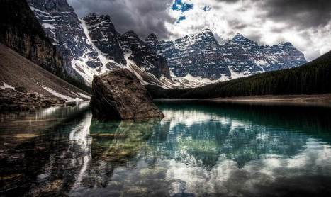The Lush Waters Of Moraine Lake | Interesting Photos | Scoop.it