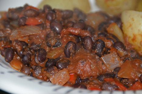 Spicy Black Turtle Bean Stew - Low Cost, Easy, Tasty Bean Recipe | 4-Hour Body Bean Cookbook | Scoop.it