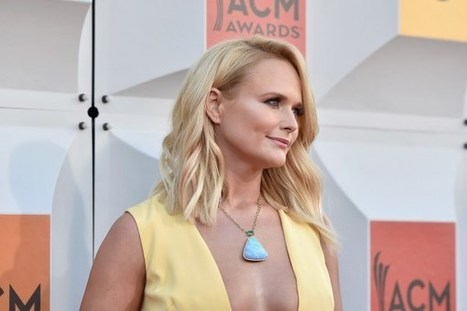 Watch Miranda Lambert Perform 'The Weight of These Wings' Track 'Covered Wagon' Live in Concert | Country Music Today | Scoop.it