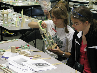 Nationwide, Community Colleges Lighting STEM Spark in K-12 Students | Curious Minds | Scoop.it