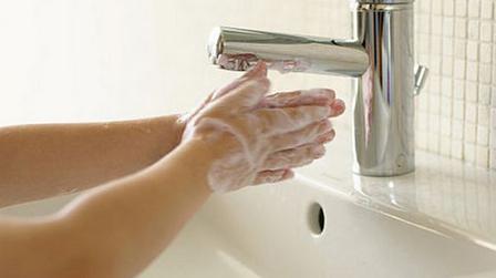 Verplegers wassen vaak handen niet | verzorgingstaat1 | Scoop.it