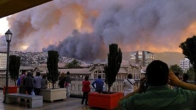SEARCH & RESCUE: Raging fire destroys homes in Chile | > Emergency Relief | Scoop.it
