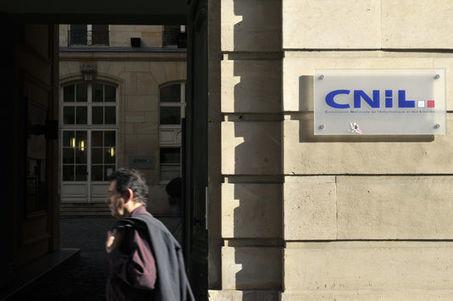 Les critiques de la CNIL contre le projet de loi sur le renseignement - Le Monde | Société de surveillance | Scoop.it
