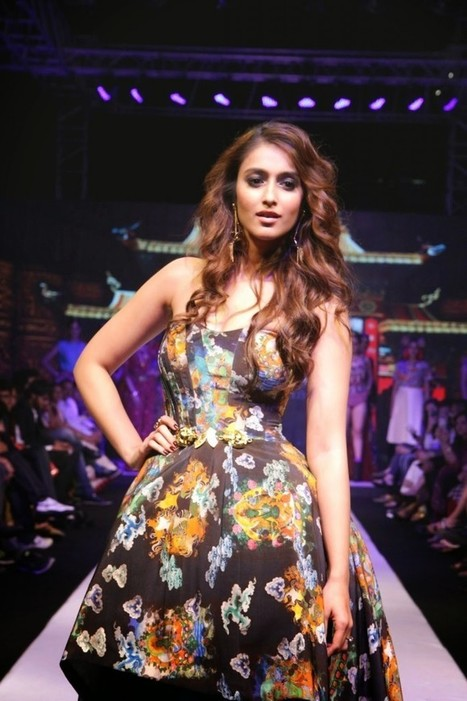 South Actress Ileana Stylish Skirt On The Ramp at Madame Style Week, Actress, Bollywood, Tollywood | Indian Fashion Updates | Scoop.it