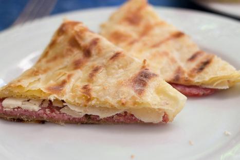 Stuffed Flatbrads Le Marche Style - Crescia Sfogliata Recipe   Le Marche and Food   Scoop.it