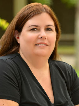 Snapshots of the SHUSD: Special education teacher Lisa Hough - Napa Valley Register | ASL | Scoop.it