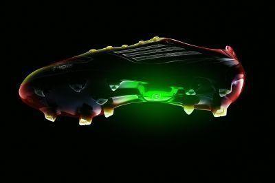 Les nouvelles chaussures de football d'Adidas avec un capteur de vitesse - LExpress.fr | Innovation and digital soccer | Scoop.it