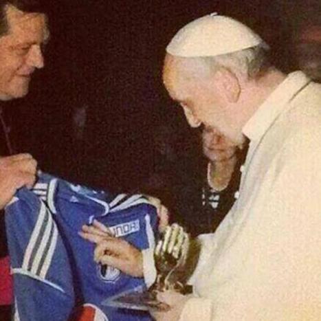 El Papa bendijo la camiseta de Millonarios en el Vaticano - Terra Colombia | El Papa jesuita | Scoop.it