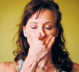 Right and Left Nostril Breathing: Easy and Effective Pranayama   Kundalini Yoga   Scoop.it
