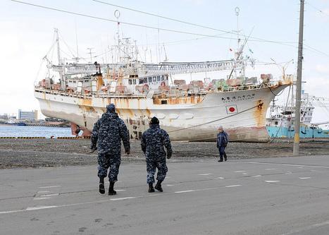 [Photo] Bateau à Hachinohe | Flickr - Photo Sharing! | Japon : séisme, tsunami & conséquences | Scoop.it
