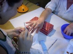 Cursuri manichiura-pedichiura sustinute de adevaratii profesionisti din cadrul scolii Elite Nail Art! | Fashion-Biz | Scoop.it