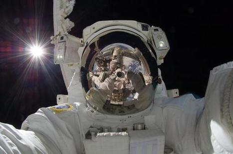 Twitter / Cmdr_Hadfield: Good morning! Some selfies ... | mobile learning in secondary science teaching | Scoop.it