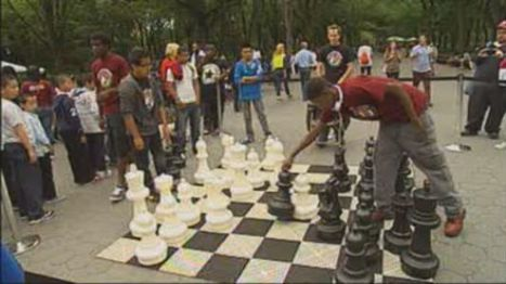 "Players Battle In ""Chess-In-The-Parks"" Tournament - NY1.com 