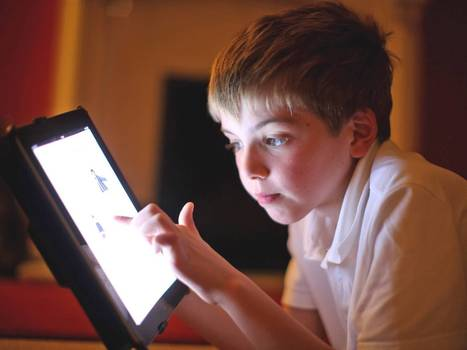 Children turn away from books in favour of reading electronically   immersive media   Scoop.it