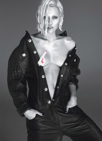 Miley Cyrus Is Unrecognizable In 'W' Magazine Spread - MTV.com | fash is on | Scoop.it