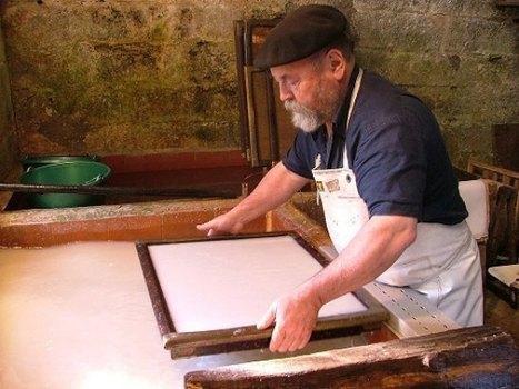 Un fabricant de papier charentais nommé maître d'art | Arts et FLE | Scoop.it