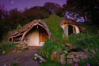 Une maison de hobbit et écologique pour moins de 4000euros | Hébergements insolites | Scoop.it