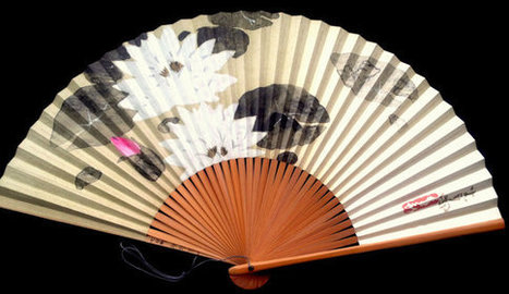 Japanese Hand Fan Lotus Flower in White, Pink and Moss Green F176   Etsy Today   Scoop.it