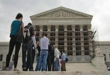 Supreme Court begins case on public prayer - The Depaulia | Awesomeness | Scoop.it