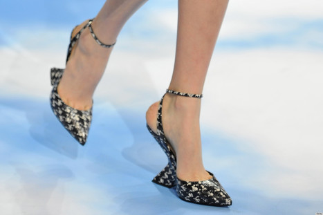 Check Out The Peculiar Heels At Christian Dior Fall 2013 | Best of SHOE BLOGGERS | Scoop.it
