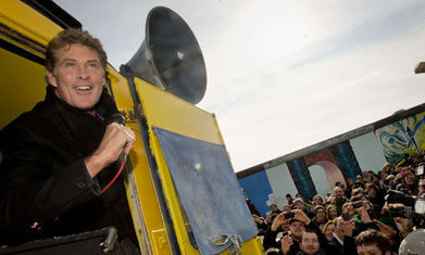 David Hasselhoff returns to Berlin to save the wall he helped to topple - The Guardian | David Hasselhoff News | Scoop.it