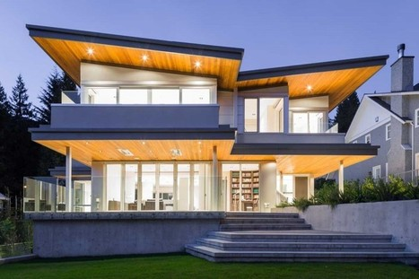 A Butterfly Roof And Dramatic Lighting Give This Home A Dramatic Appearance | Inspired By Design | Scoop.it