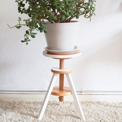 piano stool with plant | Sueña | Scoop.it