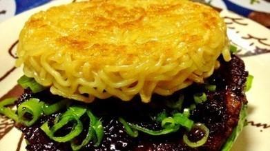 Ramen burger, une recette qui cartonne à New-York   CuisineJaponaise   Scoop.it
