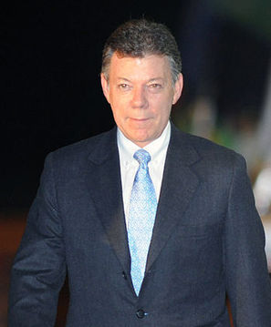 Santos clings to slim lead in Colombian elections as Uribe exploits fears in peace talks | Colombia | Scoop.it