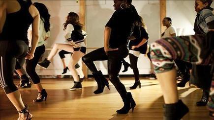 Video - Heel Hop Workout Has Women Workout In High Heels | professional dancer | Scoop.it