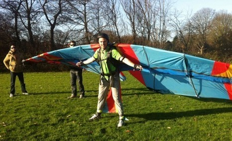 People CAN Fly: Man Takes Off with Custom-Made Bird Wings | Strange days indeed... | Scoop.it