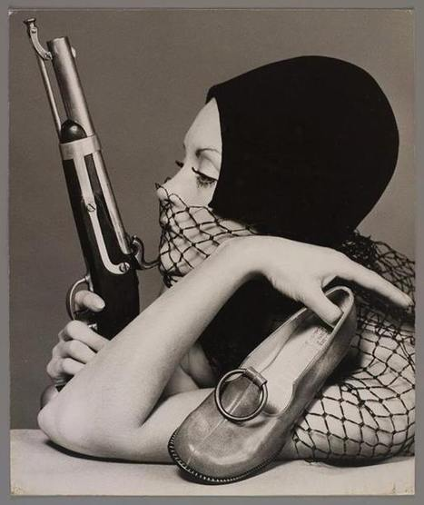 Sandi Mitchell with Gun, 1970 | A Marketing Mix | Scoop.it