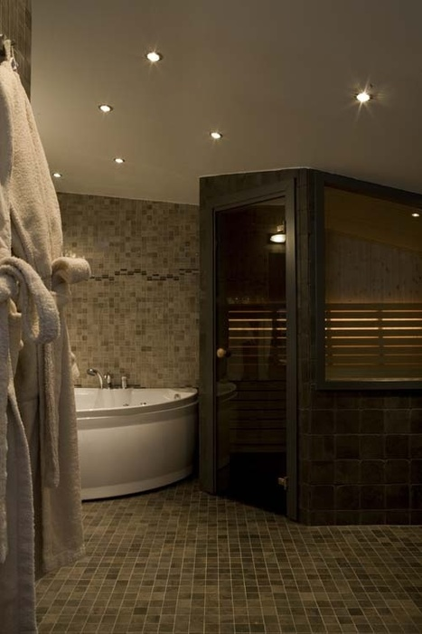 Denver hotel room with jacuzzi | Arrowhead Manor Inn & Event Center | Favourites | Scoop.it