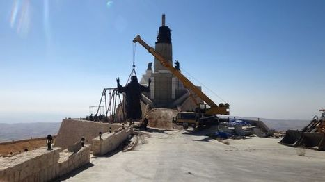 Giant Statue Of Jesus Raised Up In Midst Of Syrian War | Culture Traits | Scoop.it
