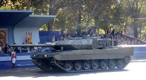 Defensa deja el desfile del 12 de octubre sin aviones ni tanques para ahorrar | Hermético diario | Scoop.it