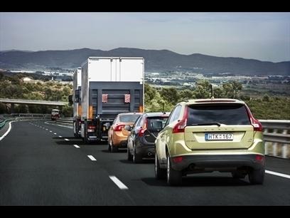 Volvo's autonomous cars travel 124 miles in Spain in 'road train'   KurzweilAI   Robotic applications   Scoop.it