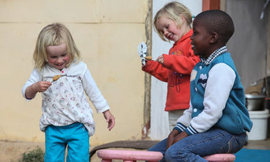 White South Africans' move to black township draws praise and accusations | Afrique australe | Scoop.it