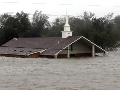 Isaac weakens, but parts of La. are under water | Prozac Moments | Scoop.it