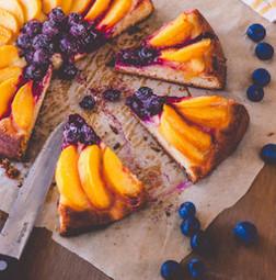 Peach and Blueberry Brioche Tart   Baking Recipes   Scoop.it