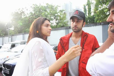 deepika padukone without makeup photos at priyanka chopra's home - world of celebrity | deepika padukone hot photos | Scoop.it