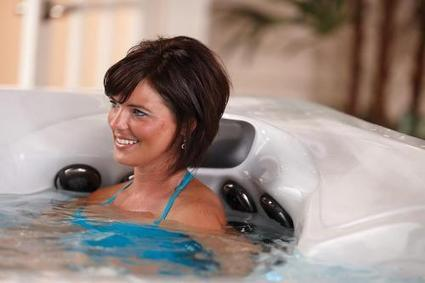 Cool and Enhanced Lifters for Hot Tub and Spa Covers by Sam Rutter | Home Improvement | Scoop.it