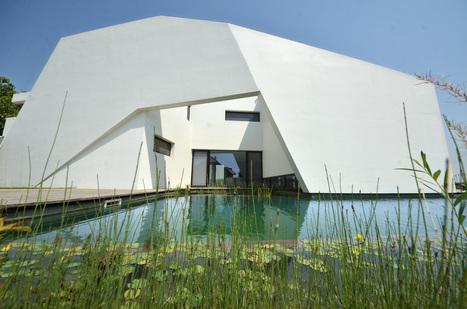 La « Maison Cuvée » : un grand cru de l'architecture contemporaine | BIOTOP - Baignades & piscines  ecologiques - Jardin | Scoop.it