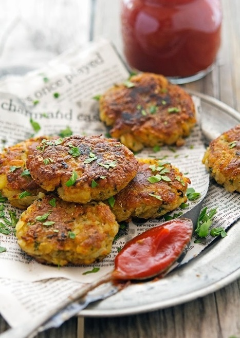 The Iron You: Spicy Potato Cakes (Aloo Tikki) with Sriracha Ketchup | fitness, health,news&music | Scoop.it