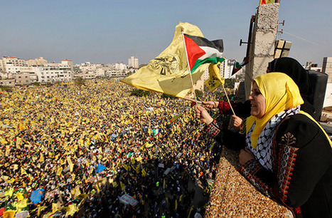 """Tens of Thousands"" Rally with Fatah in Gaza 